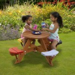 Children's Circular Picnic Table