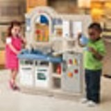 Little Tikes Inside and Outside Cook n Grill Kitchen