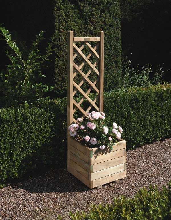 Square Planter with Lattice