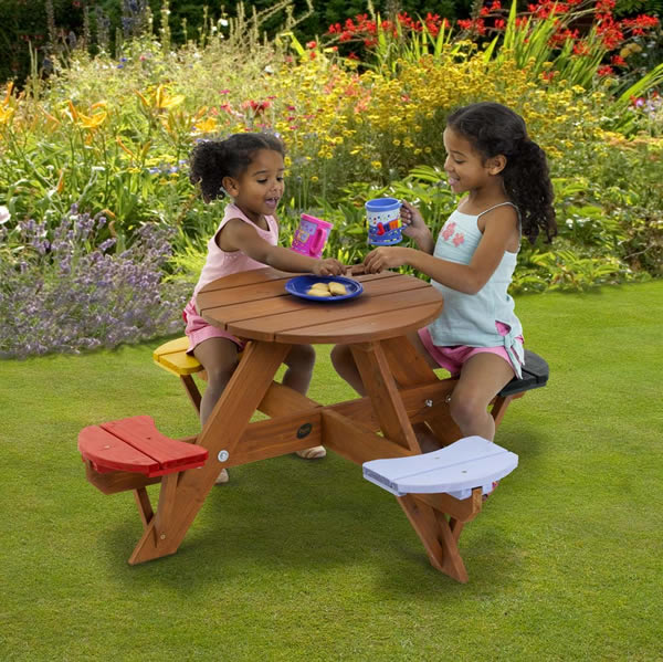Childrens Circular Picnic Table