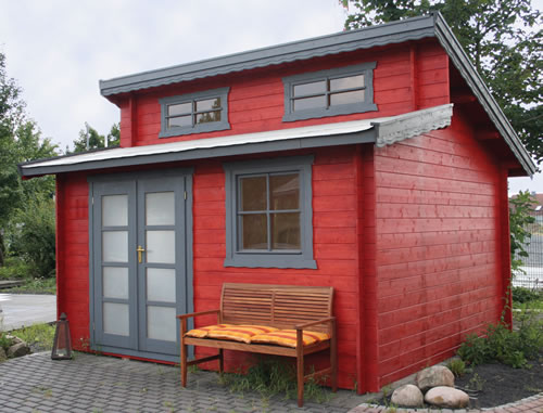 Dual pent roof log cabin